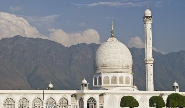 Hazratbal Shrine in Srinagar, India