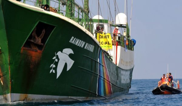 rainbow-warrior-greenpeace