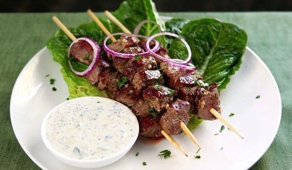 Recipe for Lamb Skewers with Pomegranate Glaze